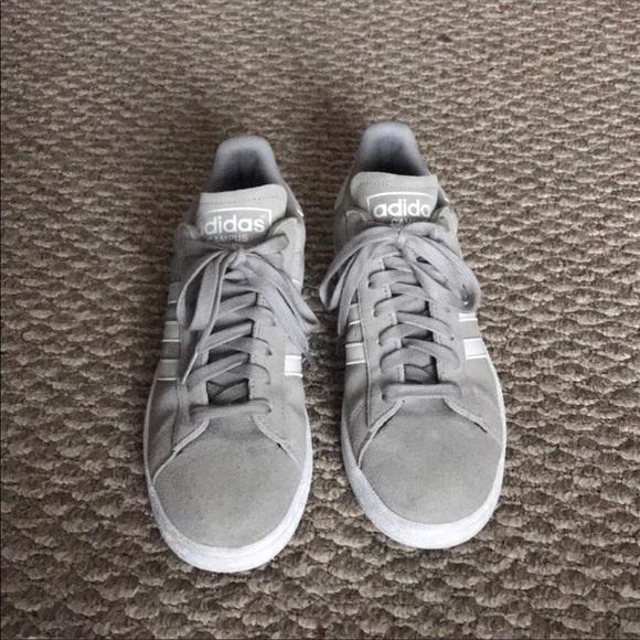 Le adidas grey campus scarpe poshmark